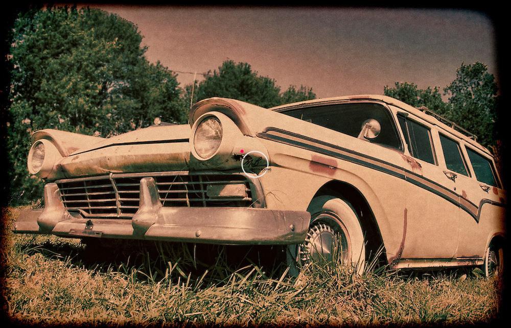 Ford Wagon Vintage