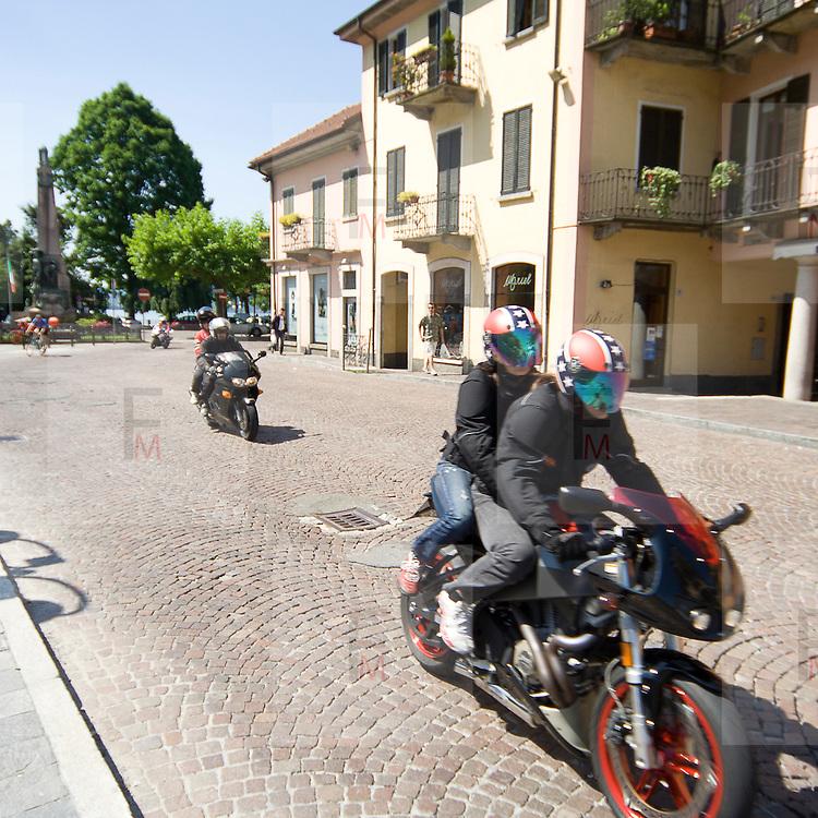 Motociclisti a Omegna..Motorbiker in Omegna