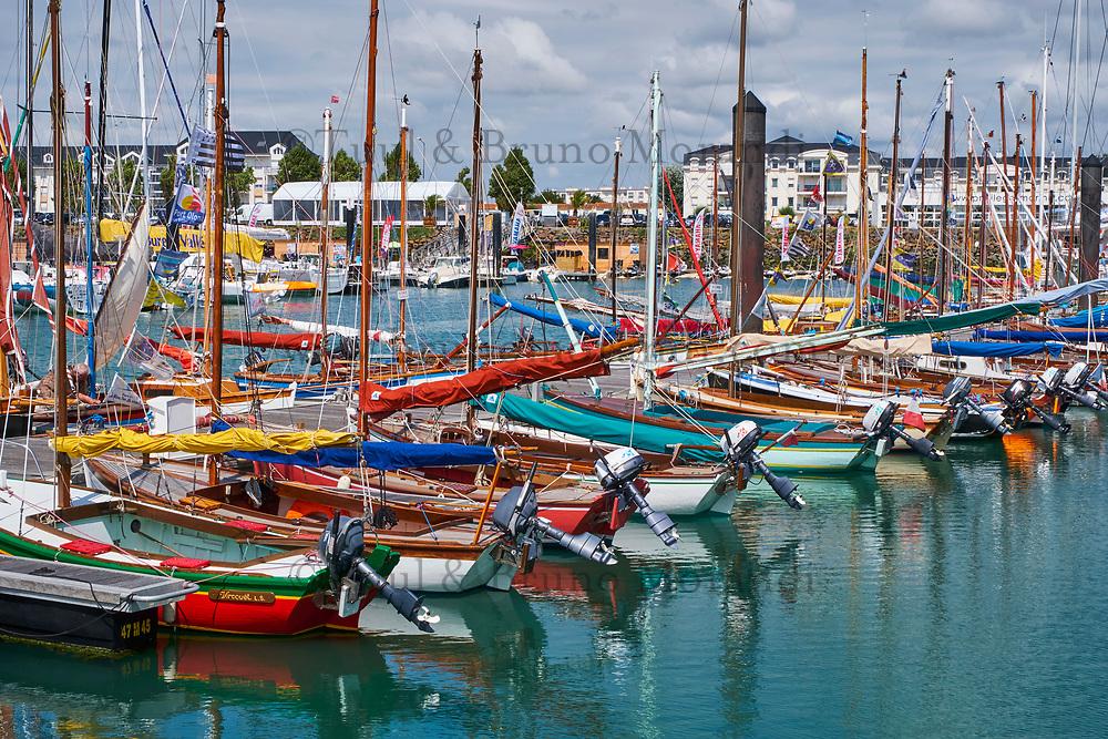 France, Vendée (85), Les Sables-d'Olonne, port Olonna // France, Vendée, Les Sables-d'Olonne, Olonna port