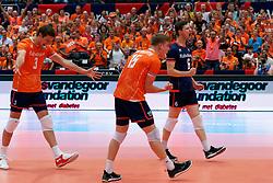 14-09-2019 NED: EC Volleyball 2019 Netherlands - Ukraine, Rotterdam<br /> First round group D - Netherlands win 3-0 / Maarten van Garderen #3 of Netherlands, Gijs van Solkema #15 of Netherlands, Just Dronkers #6 of Netherlands