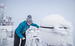 THEMENBILD - Elke Ludewig (Leitung Observatorium) bei Messungen am Sonnblick Observatorium, aufgenommen am 20. November 2018, Rauris, Österreich // Elke Ludewig (Head of Observatory) during measurements at the Observatory Sonnblick on 2018/11/20, Rauris, Austria. EXPA Pictures © 2018, PhotoCredit: EXPA/ JFK