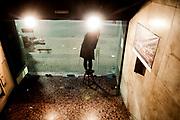 20181028/ Javier Calvelo - adhocFOTOS/ URUGUAY/ MONTEVIDEO/ 18 de Julio - CINEMATECA 18/ Proyecto documental sobre el ultimo mes de funciones en la vieja y tradicional infraestructura de salas de la Cinemateca Uruguaya. Cinemateca Uruguaya es una filmoteca uruguaya con sede en Montevideo, Uruguay, fundada el 21 de abril de 1952. Es una asociación civil sin fines de lucro cuyo objetivo es contribuir al desarrollo de la cultura cinematográfica y artística en general.<br /> Trabajan en esta sala: Eugenia Assanelli y Mónica Gorriarán en boleteria atencion de publico.  Alejandro Lasarga proyeccionista, y tambien en boletería Gustavo Gutiérrez. <br /> En la foto:  Eugenia Assanelli en Cinemateca 18. Foto: Javier Calvelo/ adhocFOTOS