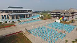 September 5, 2017 - Jiaozuo, Jiaozuo, China - Jiaozuo, CHINA (EDITORIAL USE ONLY. CHINA OUT)..Ten thousand people practice Tai Chi performance in Jiaozuo, central China's Henan Province. (Credit Image: © SIPA Asia via ZUMA Wire)