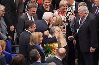 12 FEB 2017, BERLIN/GERMANY:<br /> Frank-Walter Steinmeier (M-L), neu gewählter Bundespraesident, und Ursula von der Leyen (M-R), CDU, Bundesverteidigungsministerin, Gratulationen nach Steinmeiers Wahl zum Bundespraesident, 16. Bundesversammlung zur Wahl des Bundespraesidenten, Reichstagsgebaeude, Deutscher Bundestag<br /> IMAGE: 20170212-02-138<br /> KEYWORDS; Bundespraesidentenwahl, Bundespräsidetenwahl, gratuliert