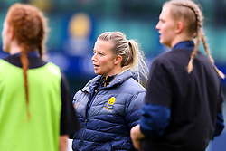 Worcester Warriors Women players receive final instructions from coach Sian Moore - Mandatory by-line: Nick Browning/JMP - 24/10/2020 - RUGBY - Sixways Stadium - Worcester, England - Worcester Warriors Women v Wasps FC Ladies - Allianz Premier 15s