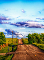 As Daylight Fades in New Melle and the Sun Sets along a quaint country road we see the skies true colors.
