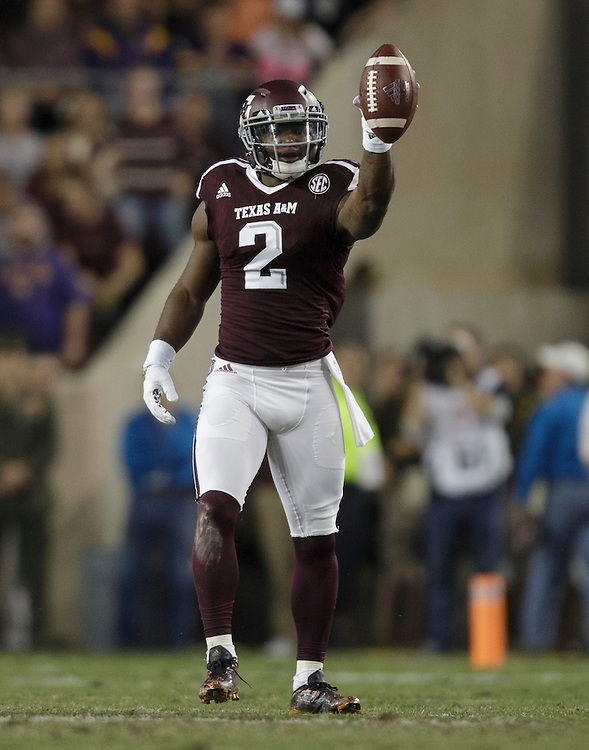 Texas A&M wide receiver Speedy Noil (2) points towards a first down against LSU after a catch and run first quarter of an NCAA college football game Thursday, Nov. 24, 2016, in College Station, Texas. (Sam Craft/The Eagle)