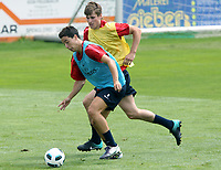 Fotball<br /> 26.07.2010<br /> Foto: Gepa/Digitalsport<br /> NORWAY ONLY<br /> <br /> Arsenal FC, Trainingslager<br /> <br /> Bild zeigt Samir Nasri und Håvard Nordtveit (Arsenal)