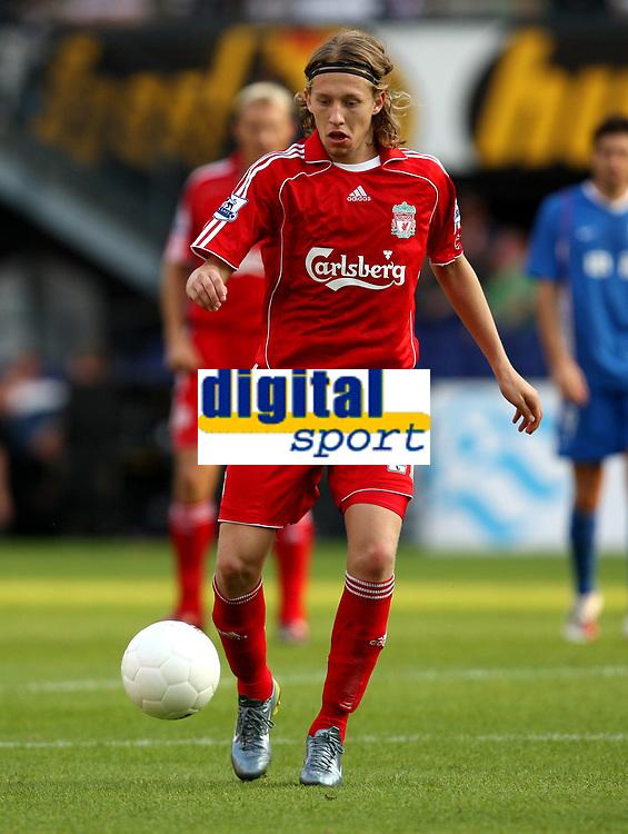 Photo: Maarten Straetemans.<br /> Shanghai Shenhua v Liverpool. Rotterdam Tournament. 03/08/2007.<br /> Lucas Leiva (Liverpool)