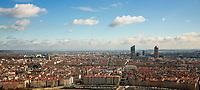 Lyon. Vue generale sur la Part Dieu et l'Opera depuis Fourviere