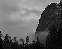 Wintertime in Yosemite Valley. Image taken with a Nikon D3s camera and 50 mm f/1.4 lens (ISO 200, 50 mm, f/3.5, 1/125 sec).
