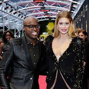 NLD/Utrecht/20121005- Gala van de Nederlandse Film 2012, Doutzen Kroes in Victor & Rolf jurk met co presentator Jandino Asporaat