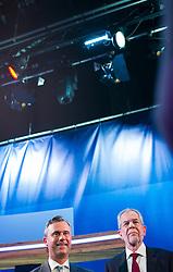 """08.05.2016, Puls4 Wahlarena, Wien, AUT, Puls4 Duell """"Wer wird Präsident"""" anlässlich der Präsidentschaftswahl 2016, im Bild v.l.n.r. FPÖ-Präsidentschaftskandidat Norbert Hofer und Grünen-Präsidentschaftskandidat Alexander Van der Bellen // f.l.t.r. Candidate for Presidential Elections Norbert Hofer and Candidate for Presidential Elections Alexander Van der Bellen before television confrontation beetwen top candidates for the austrian presidential elections in Vienna, Austria on 2016/05/08, EXPA Pictures © 2016, PhotoCredit: EXPA/ Michael Gruber"""