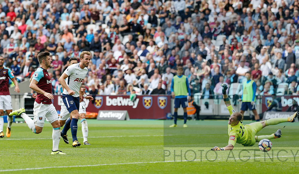 Tottenham's Harry Kane scoring his sides second goal during the premier league match at the London Stadium, London. Picture date 23rd September 2017. Picture credit should read: David Klein/Sportimage