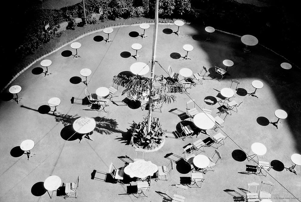 Courtyard, Greens Hotel, Bombay, India, 1929