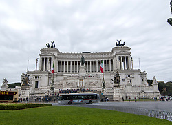 April 28, 2017 - Rome, Italy - A tour of the monuments of Rome as any tourist on a daunting day. (Credit Image: © Patrizia Cortellessa/Pacific Press via ZUMA Wire)