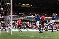 Fotball<br /> Foto: Andrew Cowie, Digitalsport<br /> Norway Only<br /> <br /> Louis Saha (Utd) Scores United's winning goal with a powerful header. Birmingham City (1) v Manchester United (2). 10/4/2004.