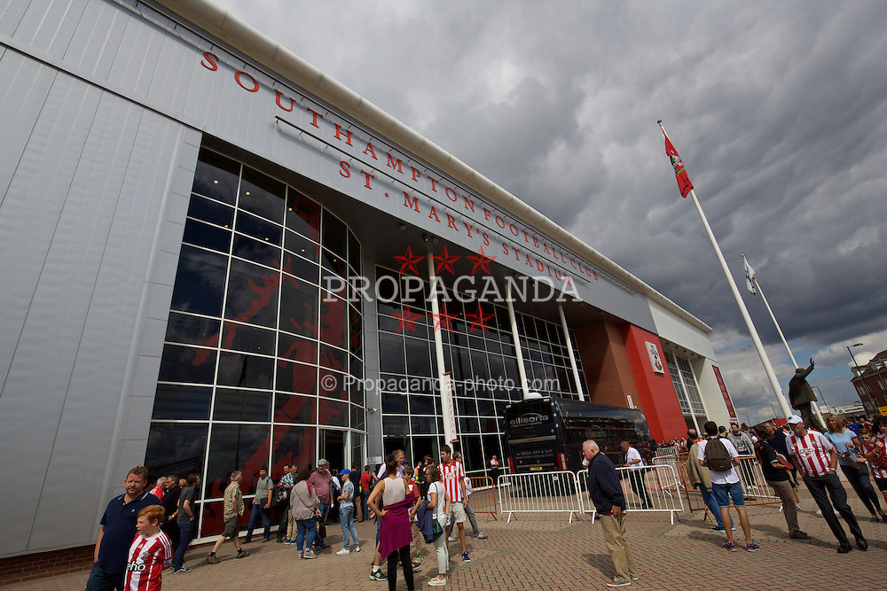 SOUTHAMPTON, ENGLAND - Saturday, August 15, 2015: Southampton's St. Mary's Stadium before the FA Premier League match against Everton. (Pic by David Rawcliffe/Propaganda)