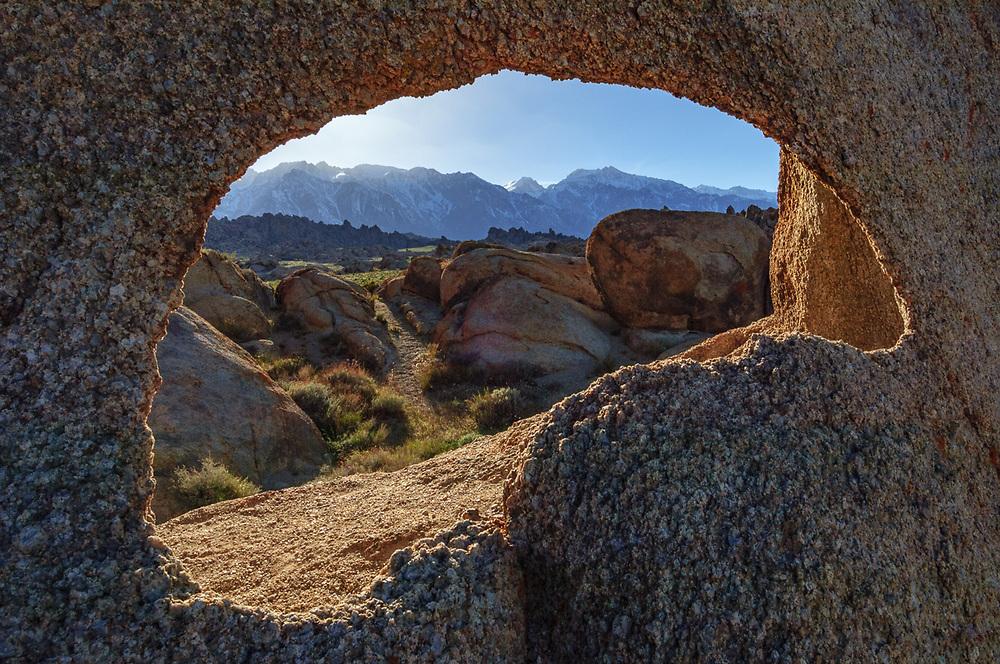 Alabama Hills Natural Area, Whitney Portal, Eastern Sierra, California, USA. Managed by the U.S. Bureau of Land Management.