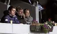 Fotball<br /> Tippeligaen Eliteserien<br /> 02.11.08<br /> Ullevaal Stadion<br /> Vålerenga VIF - Brann SKB<br /> Tor Olav Trøim på tribunen med Celina Midelfahrt - t.v. Pål Breen<br /> Foto - Kasper Wikestad