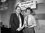 08/01/1988.01/08/1988.8th January 1988 .The Aer Lingus Young Scientist of the Year Award at the RDS, Dublin ..Picture shows Michael Hanley, President of the Teachers Union of Ireland with the Young Scientist of the Year, Siobhan Lanigan-O'Keeffe, Navan Community College, Co. Meath. Her project was entitled 'Geothermal Study of the river Slane'.