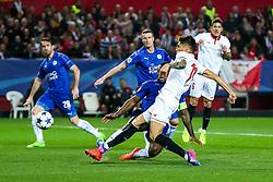 Joaquin Correa of Sevilla scores a goal to make it 1-1 - Rogan Thomson/JMP - 22/02/2017 - FOOTBALL - Estadio Ramon Sanchez Pizjuan - Seville, Spain - Sevilla FC v Leicester City - UEFA Champions League Round of 16, 1st Leg.