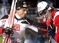 Kombinert , 27. november 2005 , Verdenscup Kuusamo KUUSAMO, <br /> Sieger Mario Stecher (AUT) und Magnus Moan <br /> Foto:   , Digitalsport<br /> Norway only