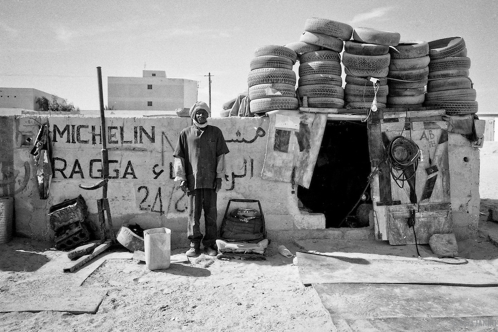 WEST AFRICA. 2000-2001<br /> Scanned B&W negative films of a 3 months trip through Morocco, Mauritanie, Senegal, Mali, Burkina Faso,  Guinea Conakry and a Gambia later trip.