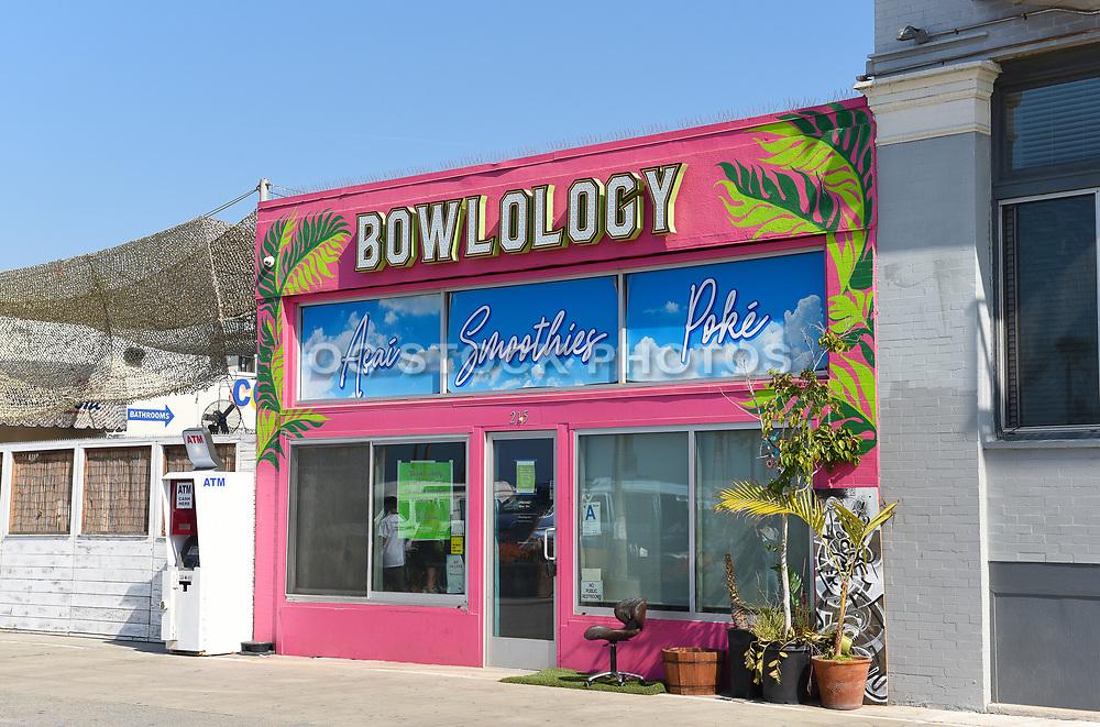 Venice Beach Bowlology Juice Bar on the Boardwalk
