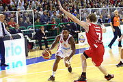 DESCRIZIONE : Varese Lega A 2013-14 Cimberio Varese vs Grissin Bon Reggio Emilia <br /> GIOCATORE : Coleman<br /> CATEGORIA : Palleggi<br /> SQUADRA : Varese<br /> EVENTO : Campionato Lega A 2013-2014<br /> GARA : Cimberio Varese Grissin Bon Reggio Emilia<br /> DATA : 13/10/2013<br /> SPORT : Pallacanestro <br /> AUTORE : Agenzia Ciamillo-Castoria/I.Mancini<br /> Galleria : Lega Basket A 2012-2013  <br /> Fotonotizia : Cimberio Varese  Lega A 2013-14 Cimberio Varese vs Grissin Bon Reggio Emilia<br /> Predefinita :