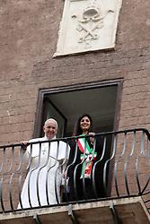 Italy, Rome - March 26, 2019.Pope Francis visits the Mayor of Rome Virginia Raggi at Campidoglio..Pope Francis and Virginia Raggi appear at the balcony over the Imperial Forum. (Credit Image: © Zucchi/Insidefoto/Ropi via ZUMA Press)