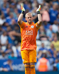 Kasper Schmeichel of Leicester City - Mandatory by-line: Jack Phillips/JMP - 18/08/2018 - FOOTBALL - King Power Stadium - Leicester, England - Leicester City v Wolverhampton Wanderers - English Premier League