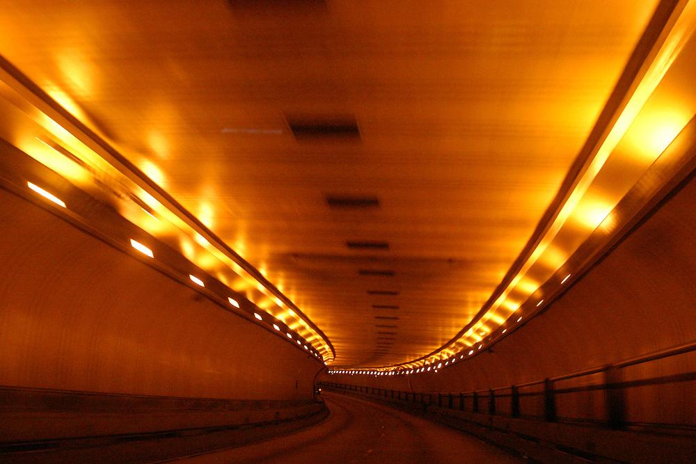 Sao Paulo_SP, Brasil...Viaduto em Sao Paulo...Overprass in Sao Paulo..Foto: LEO DRUMOND / NITRO
