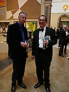 David Mach and  John Porter. Royal Academy Annual dinner to celebrate the opening of the Summer exhibition. Royal Academy. Piccadilly. London. 1 June 2005.  ONE TIME USE ONLY - DO NOT ARCHIVE  © Copyright Photograph by Dafydd Jones 66 Stockwell Park Rd. London SW9 0DA Tel 020 7733 0108 www.dafjones.com
