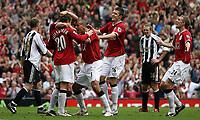 Photo: Paul Thomas.<br /> Manchester United v Newcastle United. The Barclays Premiership. 01/10/2006.<br /> <br /> Ole Gunnar Solskjaer (20) of Man Utd celebrates his goal.