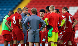 BLACKBURN, ENGLAND - Thursday, July 19, 2018: Liverpool's manager Jürgen Klopp speaks to his second-half substitutes at half-time during a preseason friendly match between Blackburn Rovers FC and Liverpool FC at Ewood Park. (Pic by Paul Greenwood/Propaganda)