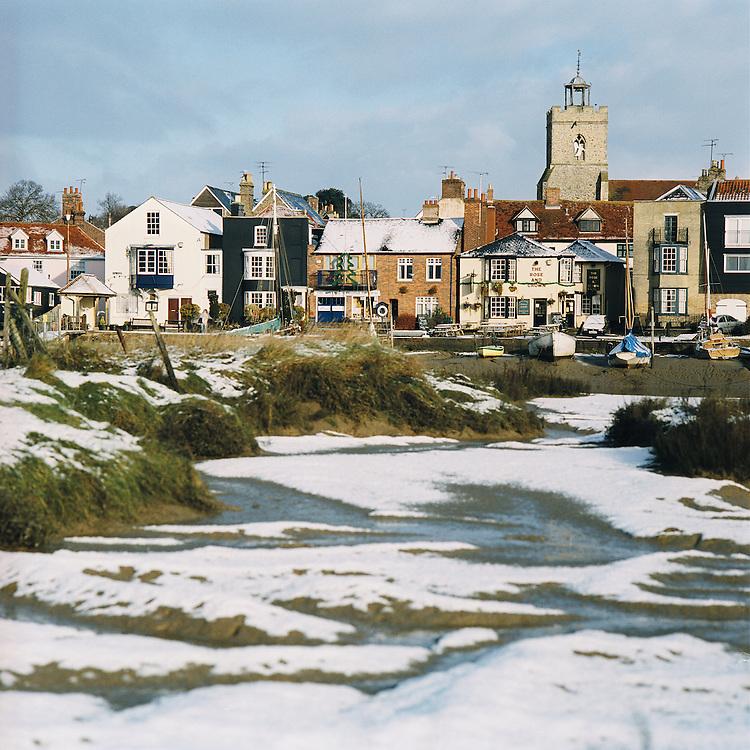 Fringinghoe, Wivenhoe, Essex. Christmas 2005