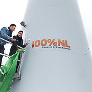 NLD/Waddinxveen/20181127 - Jan Smit en Barry Paf dopen de 100% NL windmolen, Jan Smit en Barry Paf