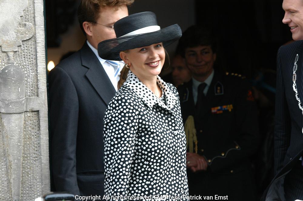 Zijne Hoogheid Prins Floris van Oranje Nassau, van Vollenhoven en mevrouw mr. A.L.A.M. Söhngen zijn donderdag 20 oktober in het stadhuis van Naarden in het burgelijk huwelijk getreden. De prins is de jongste zoon van Prinses Magriet en Pieter van Vollenhoven.<br /> <br /> 20OCT, 2005 - Civil Wedding Prince Floris and Aimée Söhngen. <br /> <br /> Civil Wedding Prince Floris and Aimée Söhngen in Naarden. The Prince is the youngest son of Princess Margriet, Queen Beatrix's sister, and Pieter van Vollenhoven. <br /> <br /> Op de foto / On the photo;<br /> <br /> <br /> are Koninklijke Hoogheid Prinses Mabel van Oranje-Nassau<br /> <br /> Her royal highness princess Mabel van Oranje-Nassau