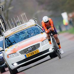 09-04-2016: Wielrennen: Energiewachttour vrouwen: Roden<br /> LEEK (NED) wielrennen<br /> De vijfde etappe van de Energiewachttour was een individuele tijdrit met start en finish in Leek. Ellen van Dijk heeft de individuele tijdrit in de Energiewacht Tour gewonnen. Daarmee is de renster van Boels-Dolmans opnieuw leidster in de ronde.Van Dijk droeg ook al de leiderstrui na de door haar team gewonnen openingsploegentijdrit rond Groningen.