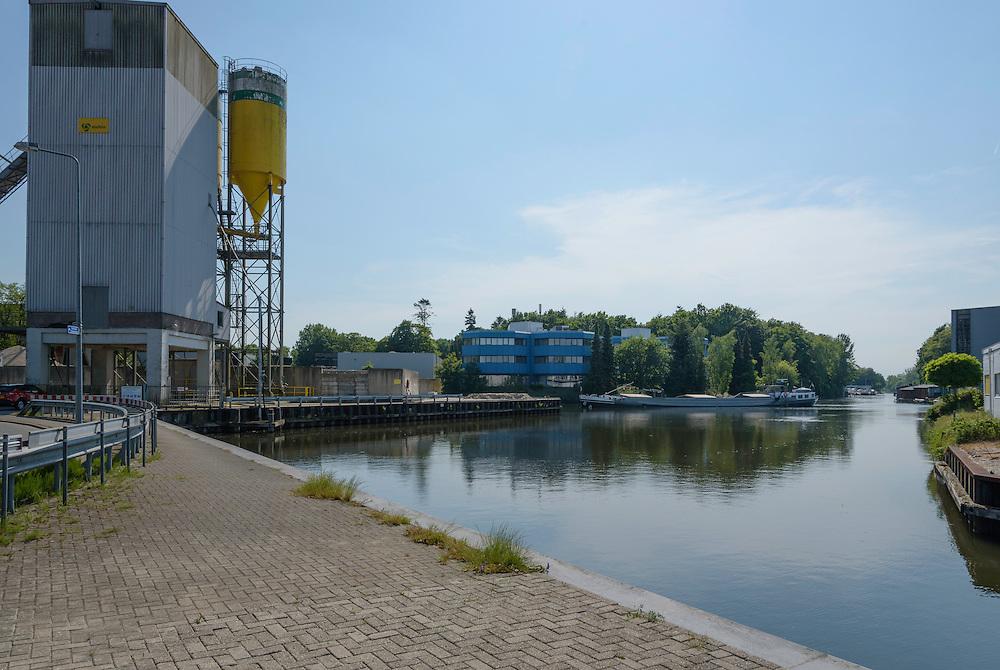 Reagalo, cargo vessel, Netherlands, 02203641