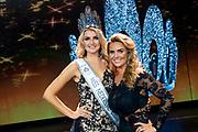 HILVERSUM, 31-08-2020, Studio 21<br /> <br /> Miss Nederland 2020 in Studio 21, Hilversum<br /> <br /> Op de foto: Miss Nederland 2020 Denise Speelman met Monique Westenberg