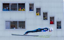 31.12.2017, Olympiaschanze, Garmisch Partenkirchen, GER, FIS Weltcup Ski Sprung, Vierschanzentournee, Garmisch Partenkirchen, Training, im Bild Simon Ammann (SUI) // Simon Ammann of Switzerland during his Practice Jump for the Four Hills Tournament of FIS Ski Jumping World Cup at the Olympiaschanze in Garmisch Partenkirchen, Germany on 2017/12/31. EXPA Pictures © 2017, PhotoCredit: EXPA/ Jakob Gruber