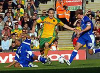 Photo: Ashley Pickering.<br />Norwich City v Cardiff City. Coca Cola Championship. 21/10/2006.<br />Lee Croft on the ball for Norwich.