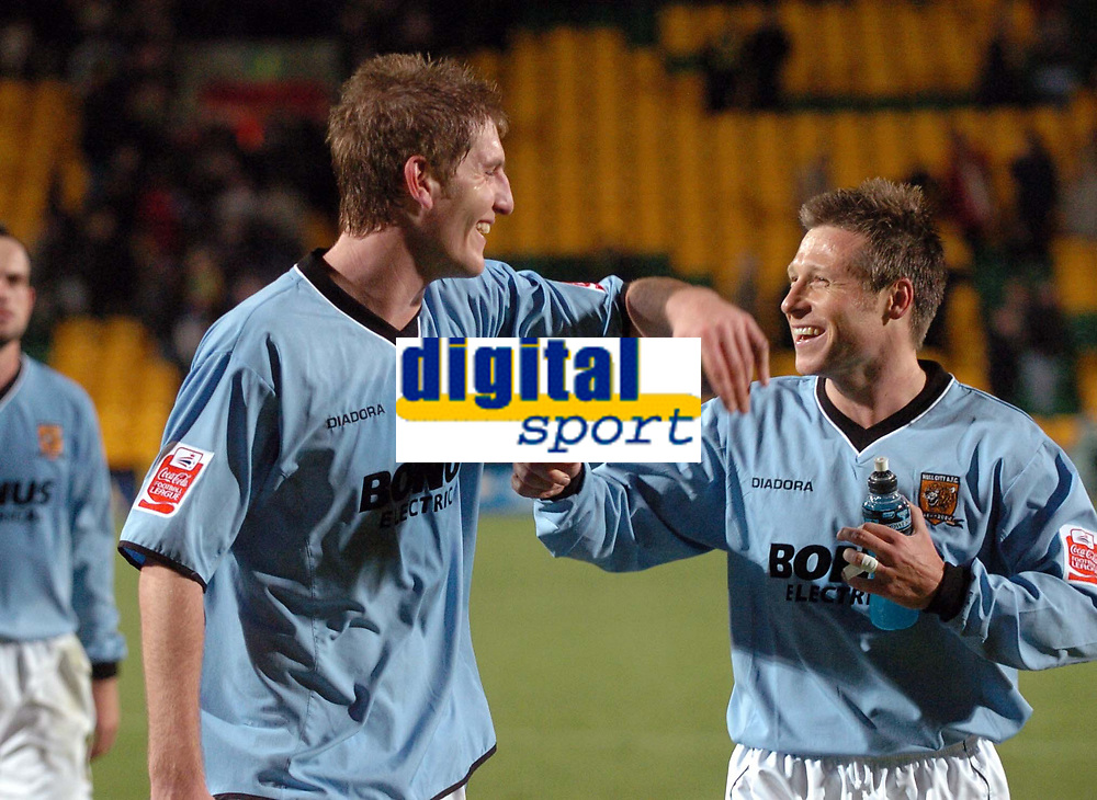 Photo: Ashley Pickering.<br />Norwich City v Hull FC. Coca Cola Championship. 25/11/2006.<br />Goal scorer, Michael Turner (L) celebrates after the final whistle with Nicky Barmby (R)