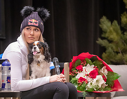 16.01.2019, Olympia delle Tofane, Cortina d Ampezzo, ITA, FIS Weltcup Ski Alpin, Damen, Presekonferenz, im Bild Lindsey Vonn (USA) mit ihre Hündin Lucy // Lindsey Vonn of the USA with her dog Lucy during a press conference for the ladie's FIS ski alpine world cup at the Olympia delle Tofane in Cortina d Ampezzo, Italy on 2019/01/16. EXPA Pictures © 2019, PhotoCredit: EXPA/ Johann Groder