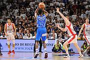 DESCRIZIONE : Campionato 2014/15 Serie A Beko Dinamo Banco di Sardegna Sassari - Grissin Bon Reggio Emilia Finale Playoff Gara6<br /> GIOCATORE : Jerome Dyson<br /> CATEGORIA : Tiro Tre Punti Three Point Controcampo<br /> SQUADRA : Dinamo Banco di Sardegna Sassari<br /> EVENTO : LegaBasket Serie A Beko 2014/2015<br /> GARA : Dinamo Banco di Sardegna Sassari - Grissin Bon Reggio Emilia Finale Playoff Gara6<br /> DATA : 24/06/2015<br /> SPORT : Pallacanestro <br /> AUTORE : Agenzia Ciamillo-Castoria/C.Atzori