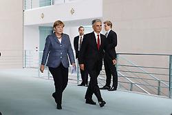 15.09.2015, Bundeskanzleramt, Berlin, GER, Flüchtlingskrise in der EU, Gipfeltreffen Deutschland und Oesterreich, im Bild Bundeskanzlerin Angela Merkel (CDU, li.) und Bundeskanzler Werner Faymann (SPOe, re.) // attend a joint press conference following talks about the refugee crisis at the Bundeskanzleramt in Berlin, Germany on 2015/09/15. EXPA Pictures © 2015, PhotoCredit: EXPA/ Eibner-Pressefoto/ Hundt<br /> <br /> *****ATTENTION - OUT of GER*****