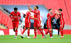 Liverpool players praise each other prior to kick-off - Mandatory by-line: Nizaam Jones/JMP - 29/08/2020 - FOOTBALL - Wembley Stadium - London, England - Arsenal v Liverpool - FA Community Shield