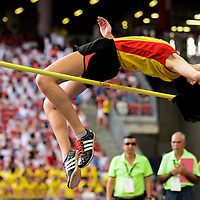 Tham Mei Shuen (#268) of Hwa Chong Insitution in action during the A Division girls' high jump final. (Photo © Eileen Chew/Red Sports)